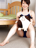 Naoko Sawano Asian in bath suit puts pillow between her sexy legs